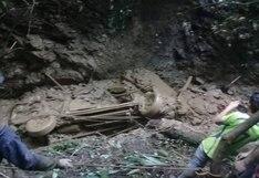 Ayacucho: una persona muerta deja caída de camioneta a abismo por huaico