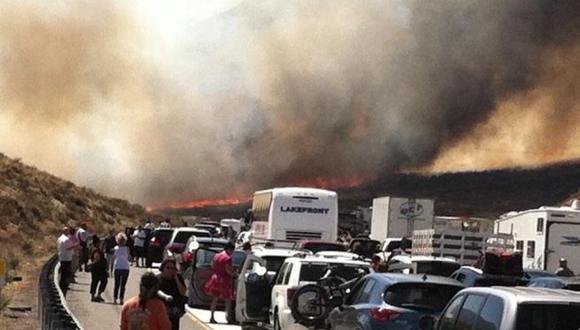 Cae una mujer acusada de causar incendios en California
