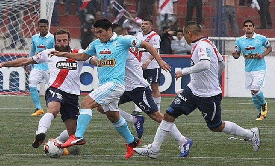 Deportivo Municipal se impone a Sporting Cristal sobre el final del partido (VIDEO)
