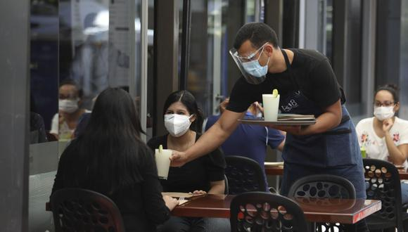 Restaurantes y afines en zonas internas tendrán nuevo aforo permitido desde este lunes 26 de julio. (Foto: Britanie Arroyo/ GEC)