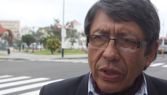 """Padre de Ciro Castillo: """"Nos parece extraño el borrado de las fotos"""""""