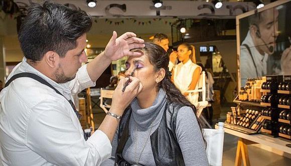 ¡Atención! Ofrecen clases de maquillaje totalmente gratis de 22 al 25 de junio