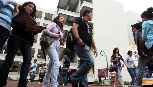 Estas ocho universidades ofrecen programas de pregrado y posgrados sin autorización