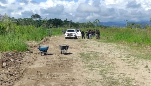 San Martín: En el interior de una camioneta, los policías hallaron una pistola calibre 38 y dos cacerinas abastecidas con balas, dos teléfonos celulares, una bolsa con 502 envoltorios con alcaloide de cocaína. (Foto: PNP)
