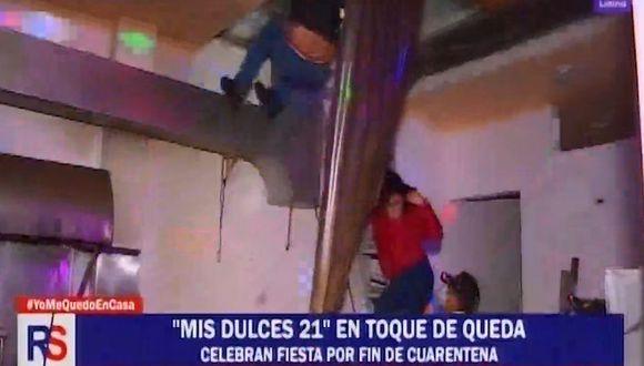 Los asistentes a una fiesta de 21 años en plena cuarentena intentaron escapar por el techo. (Reporte Semanal)