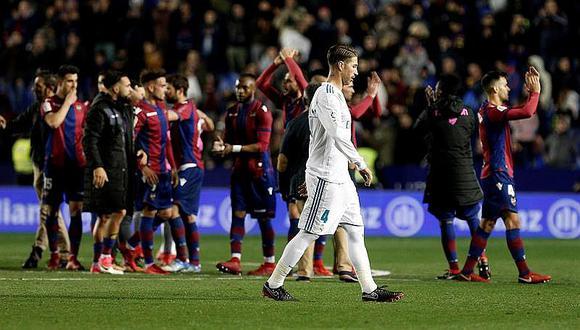 Real Madrid se deja empatar en último minuto y agoniza en la liga