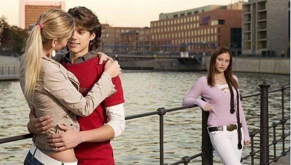 Consejos para superar ver a tu ex con su nueva pareja