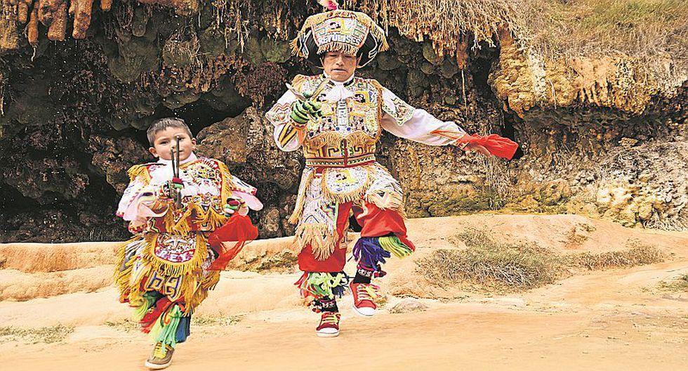 """""""Rey Ulises"""" habla sobre su pasión por la Danza de Tijeras"""