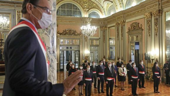 Martín Vizcarra tomó el juramento de 4 ministros nuevos y de Walter Martos como primer ministro. (Foto: Presidencia)