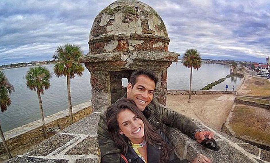 Ernesto Jiménez viajó a EEUU junto a su novia [FOTOS]