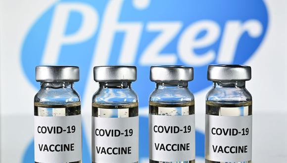 Pfizer calcula que ventas de su vacuna contra el coronavirus alcanzarán los US$15.000 millones en el 2021. (Foto: JUSTIN TALLIS / AFP).