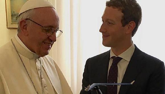 Facebook: Mark Zuckerberg visitó al papa Francisco y le regaló esto