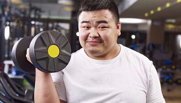 Empresa china paga a sus empleados por bajar de peso