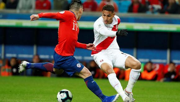Ricardo Gareca destacó a Paolo Guerrero de cara al partido ante Chile. (Foto: EFE)
