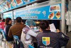Hallan insectos en varios puestos de comida del mercado San José de Jesús María