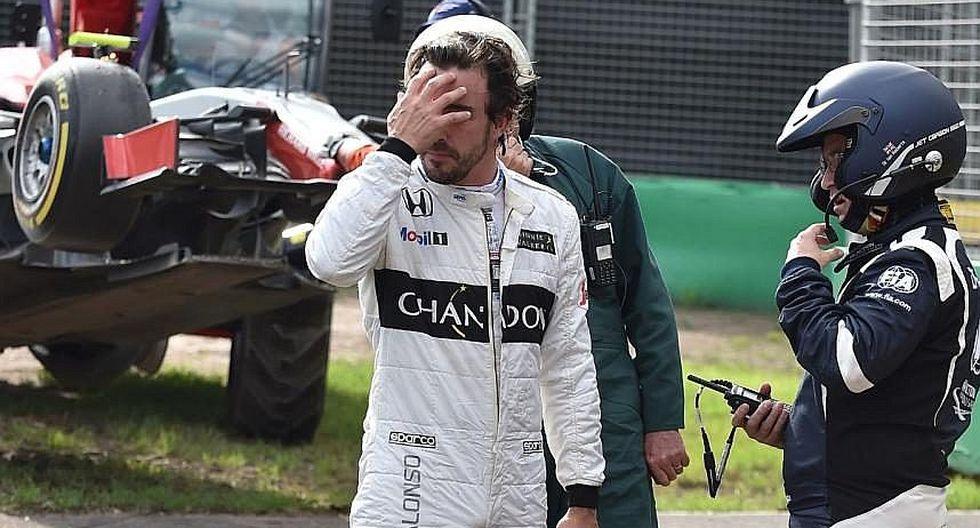 """Lewis Hamilton: """"Fernando Alonso debe asimilar situación y mantener la moral"""""""